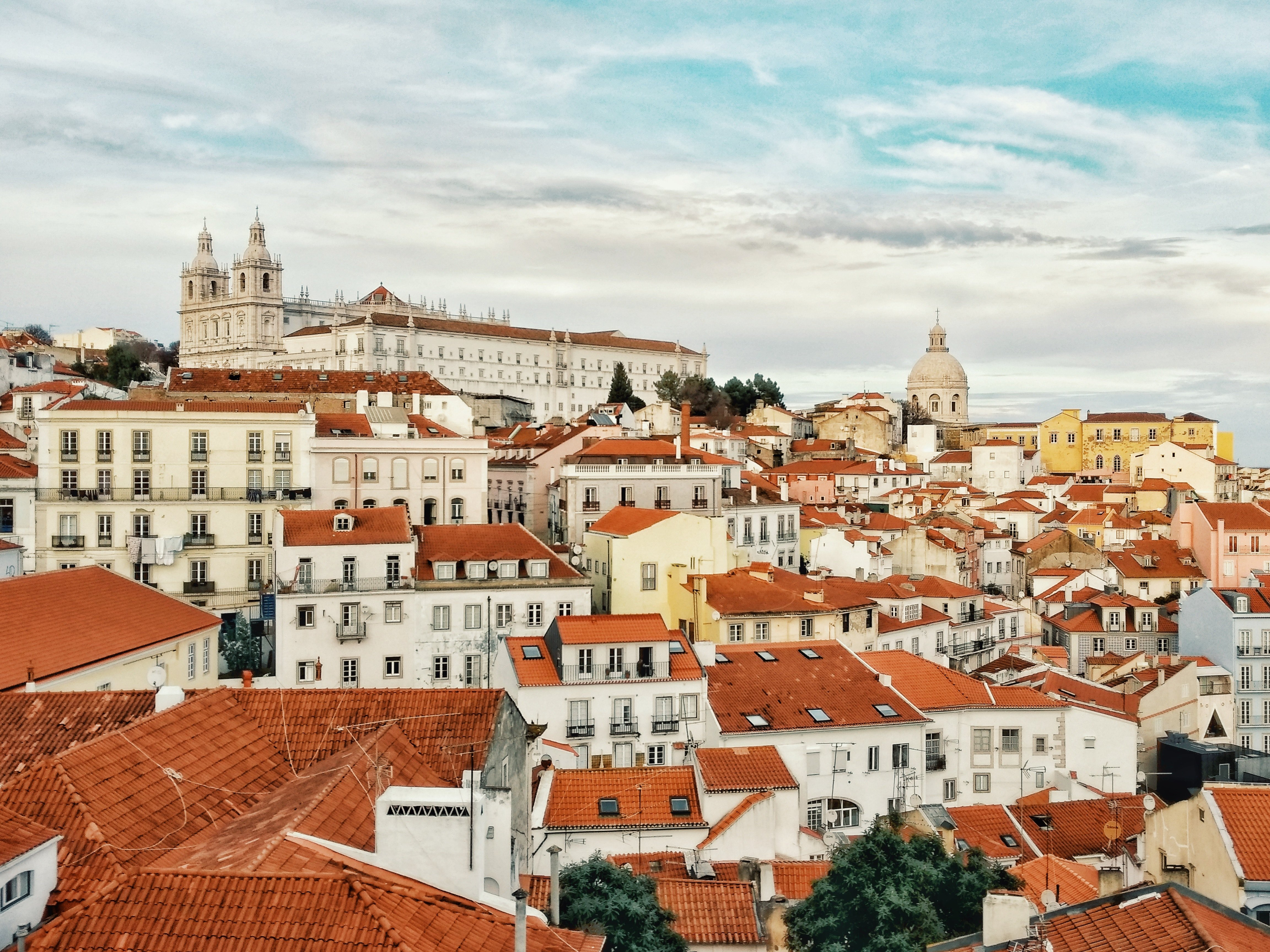 lisbon city guide red roof houses