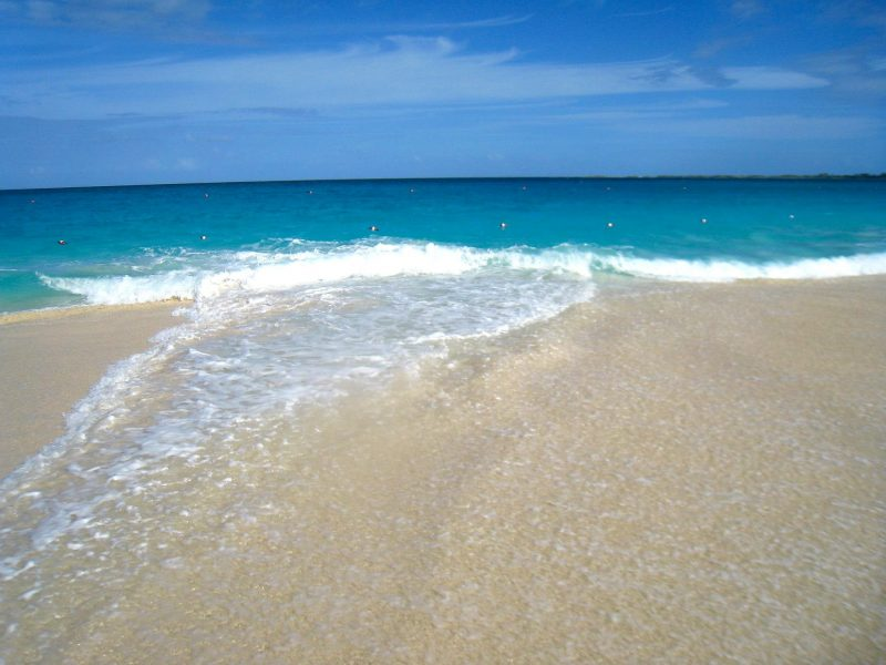 bahamas beach - a great winter sun holiday destination