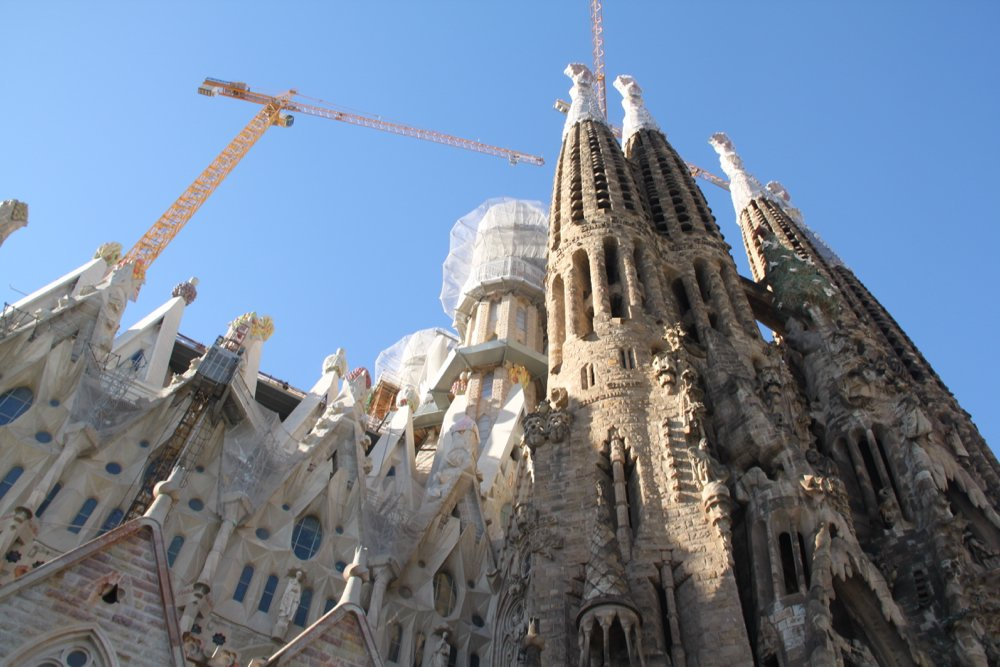 barcelona in summer Sagrada Familia by Latitude41