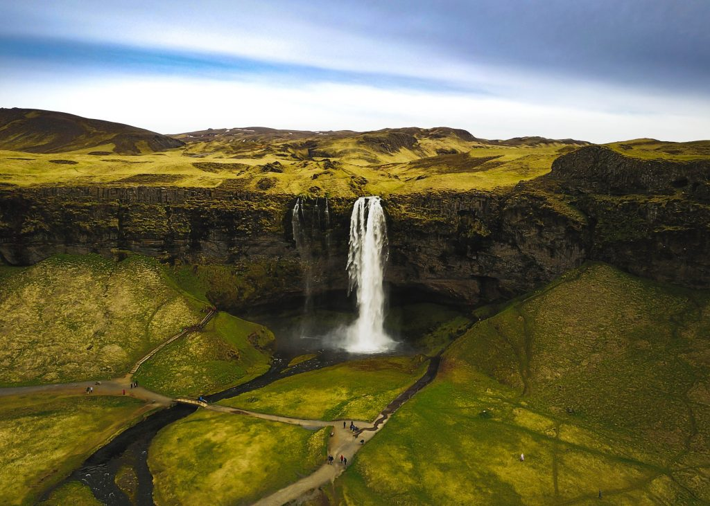 spend your holiday entitlement in iceland