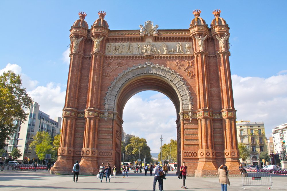 summer in barcelona Arc de triomf by Latitude41
