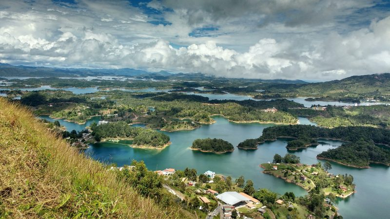 guatape resevoir south america itinerary