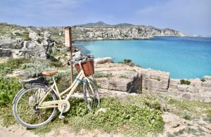 the stunning bright blue water at favignana - my favourite place on my 10 day sicily itinerary