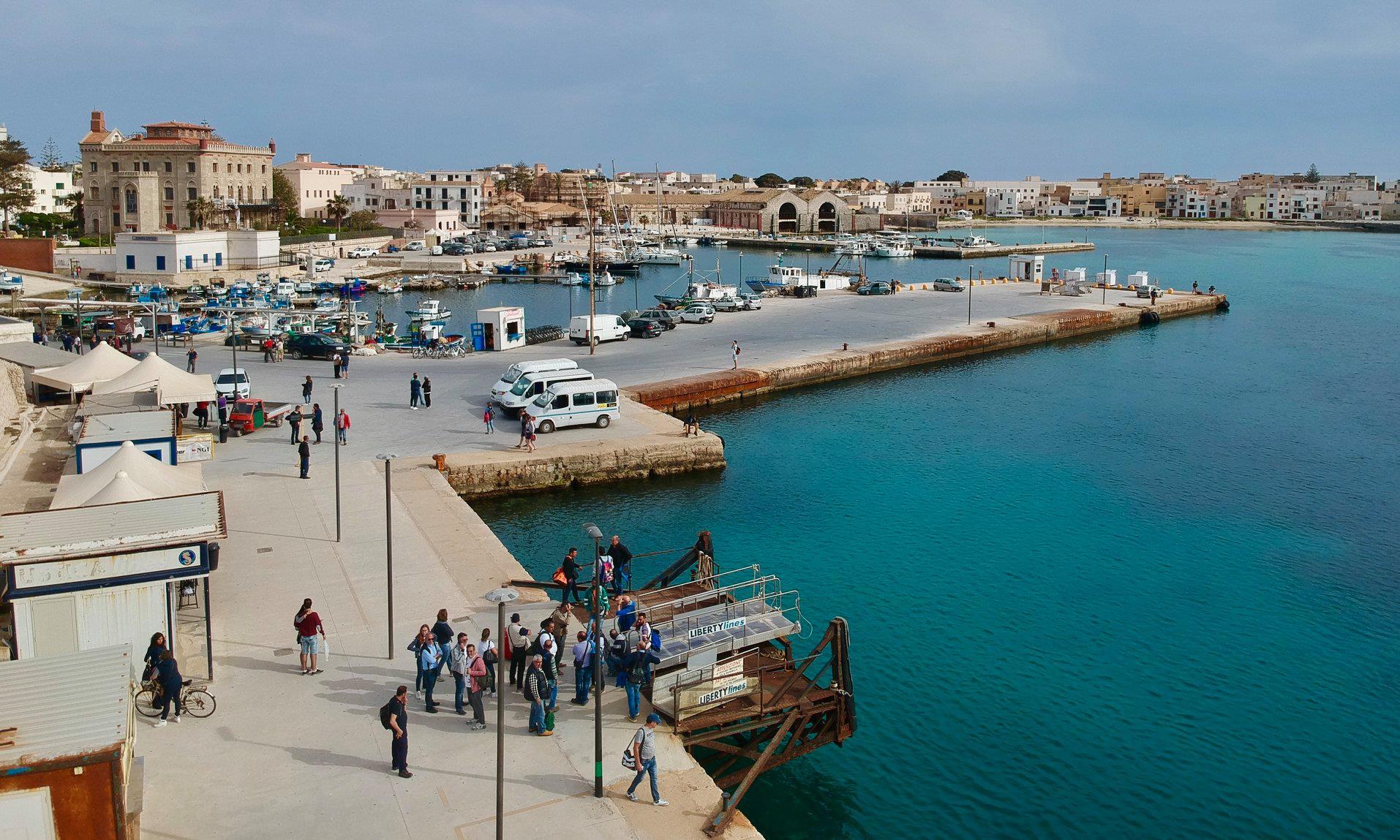 sicily favignana harbour