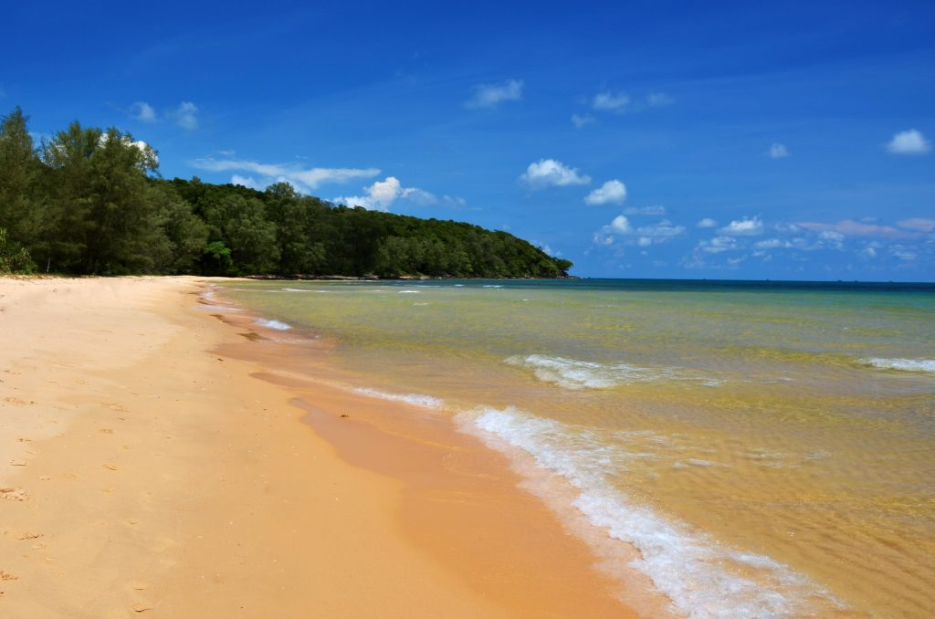 beach on cambodia and vietnam tour