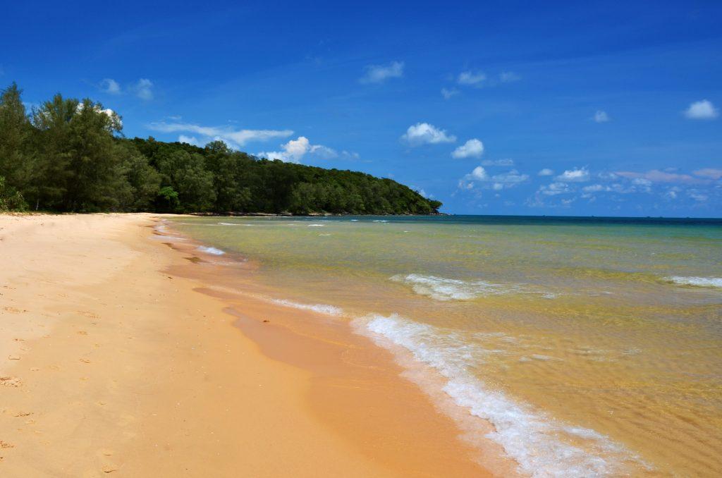 beach on cambodia and vietnam tour