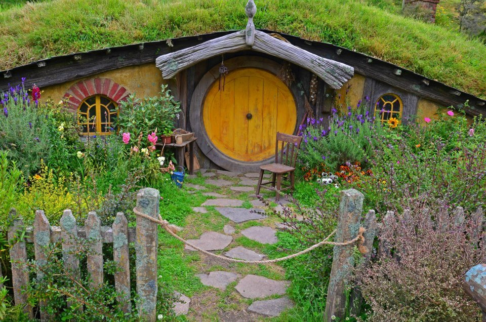 new zealand north island 7 day itinerary hobbiton