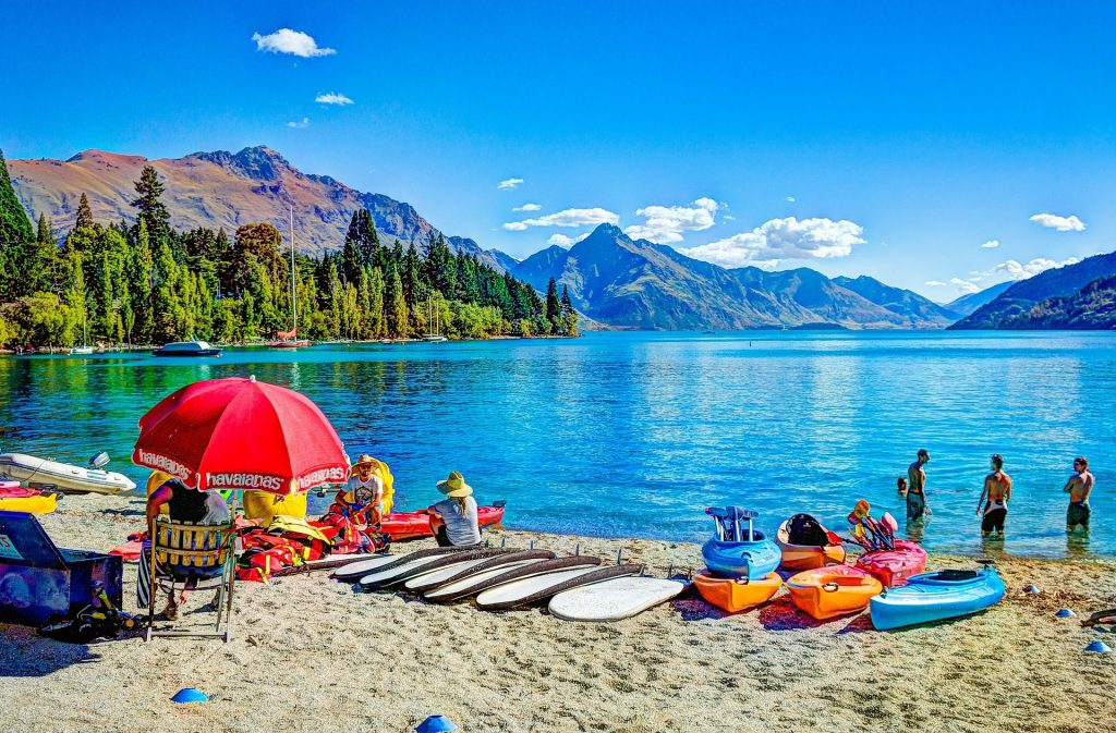 new zealand queenstown lake beach