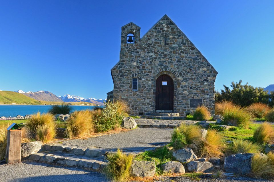 new zealand south island itinerary the church of the good shepherd lake tekapo