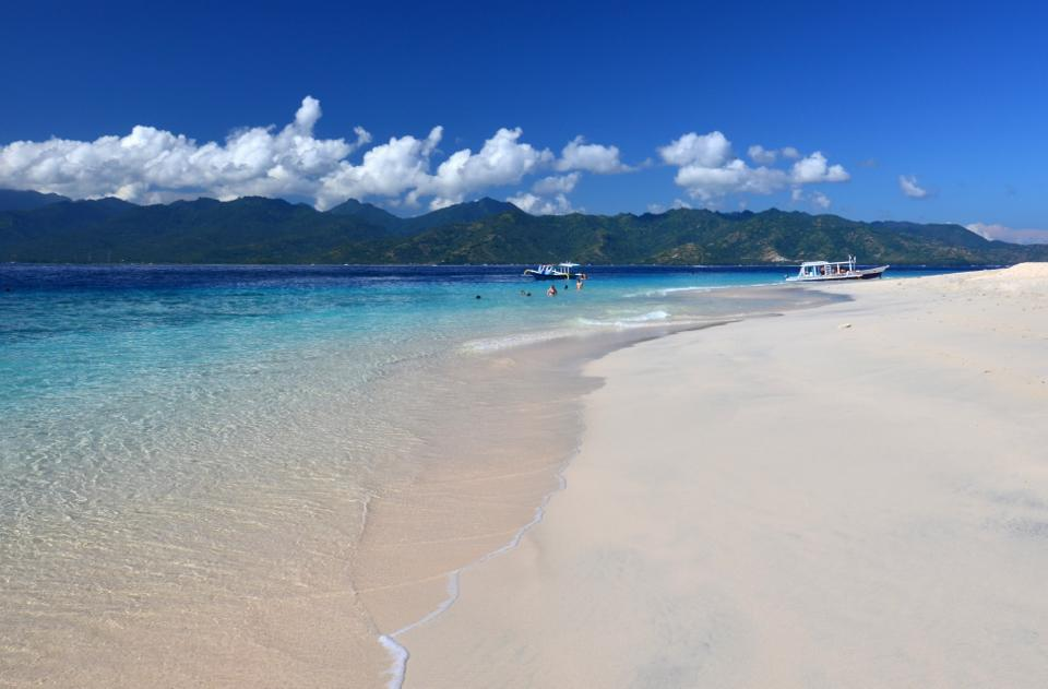 Indonesia Itinerary gili meno beach