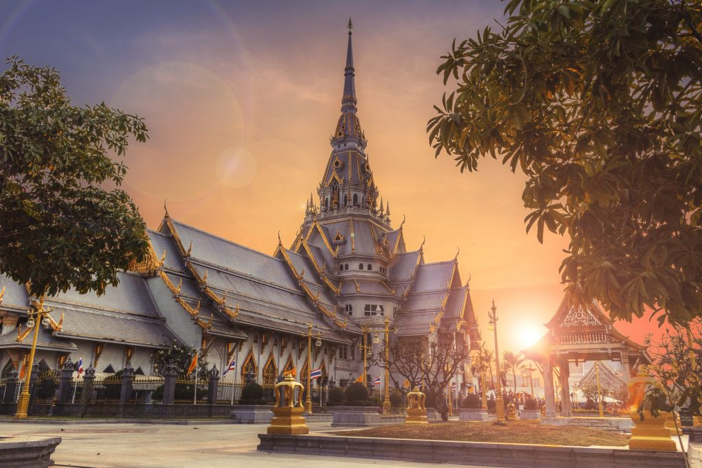 thailand temples at sunset