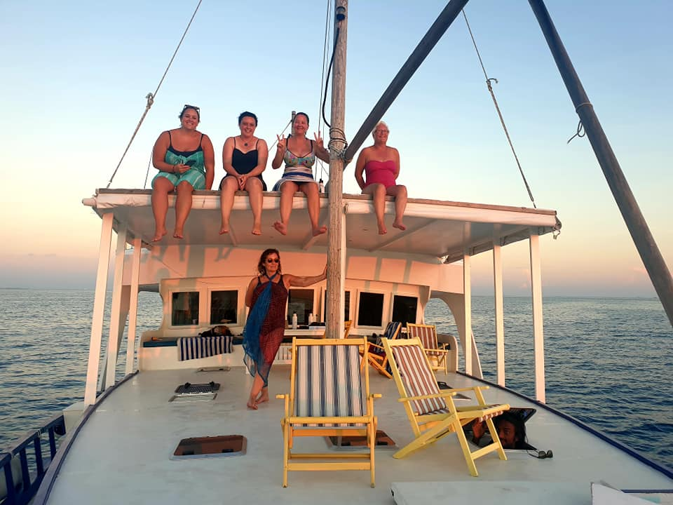 maldives sunset photo of the girls