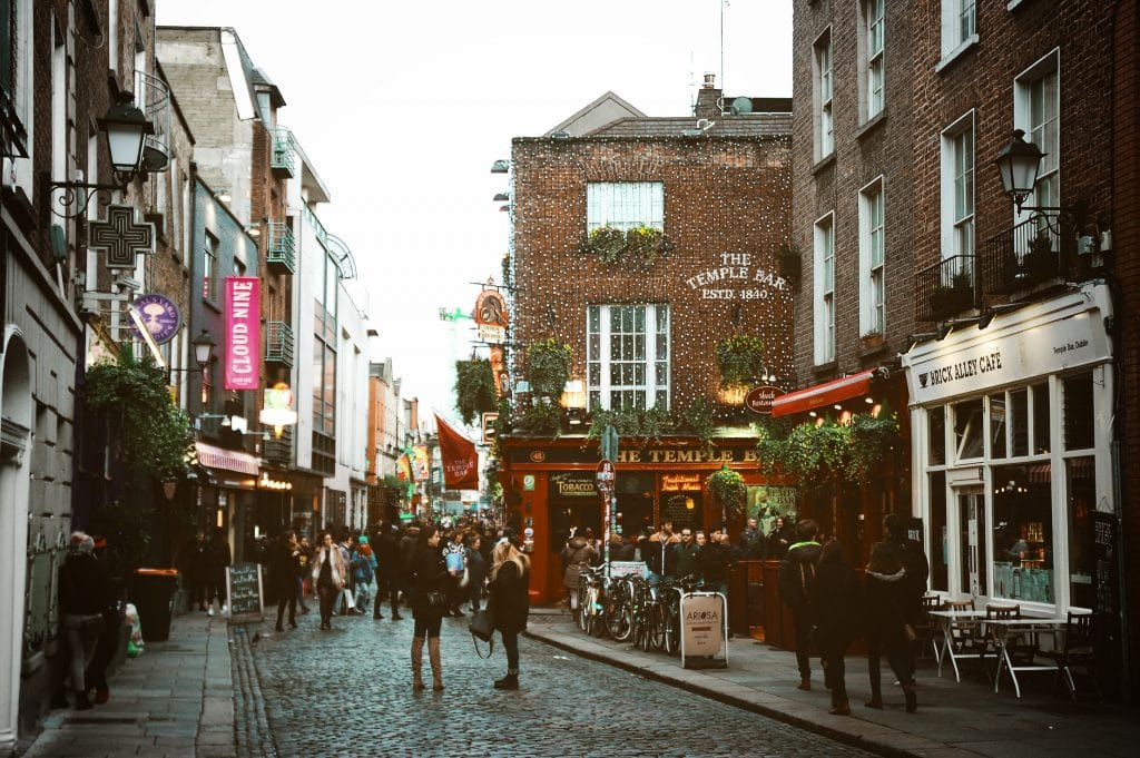 Dublin city pubs and bas - an essential stop on your 2 day Dublin itinerary