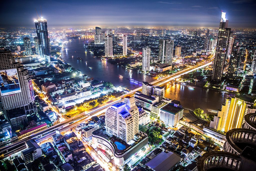 enjoy bangkok lit up at night and vbisit a sky bar in your 4 day bangkok itinerary