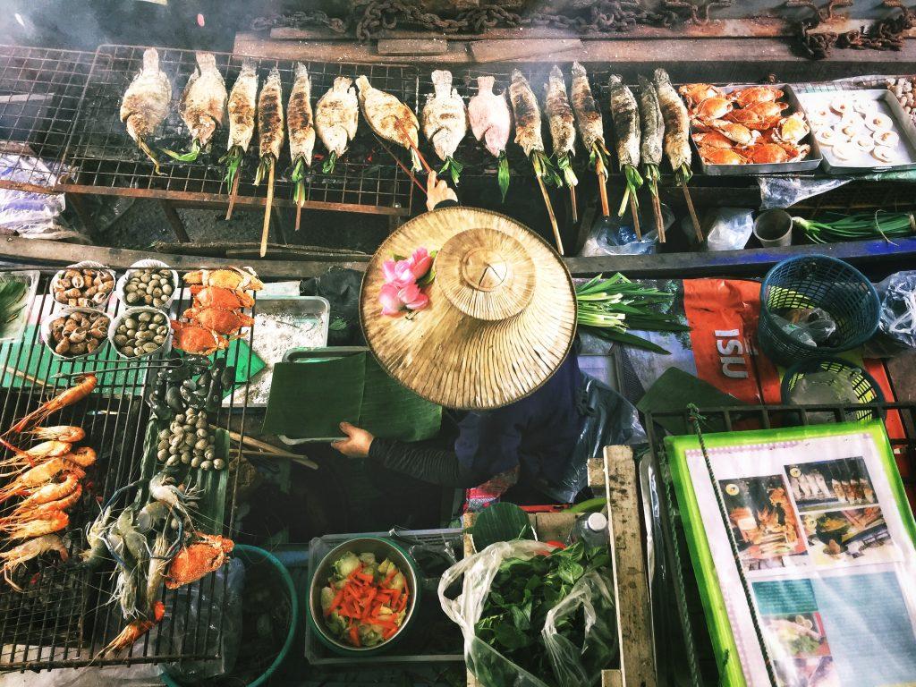 try bangkok street food during your 4 days in bangkok