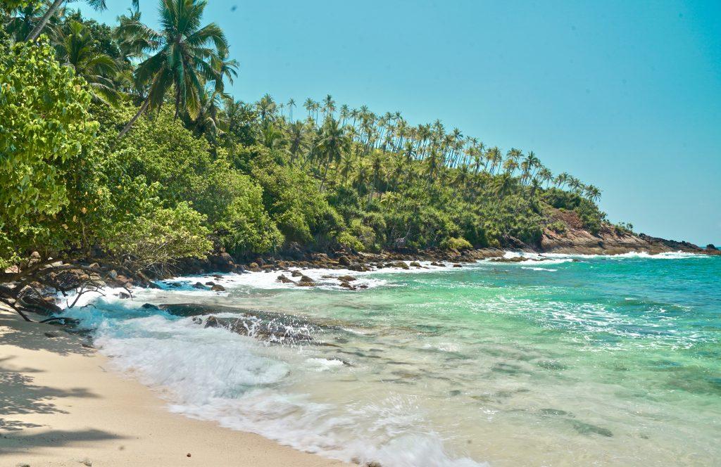 secret beach mirissa sri lanka