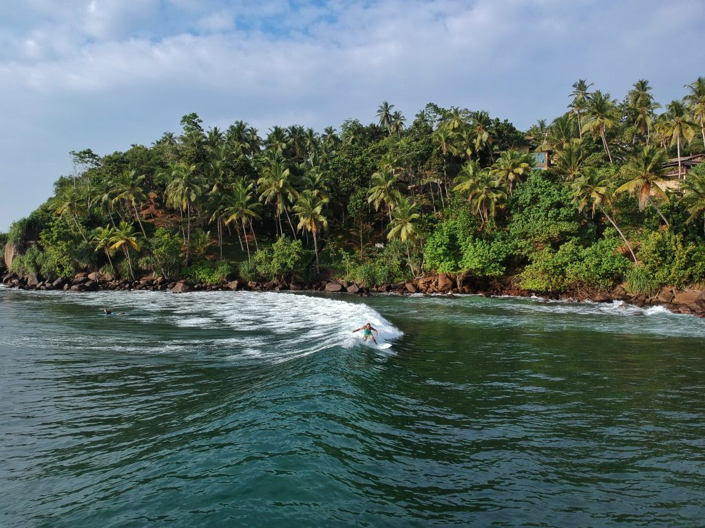 sri lanka mirissa beach best beach for surfing