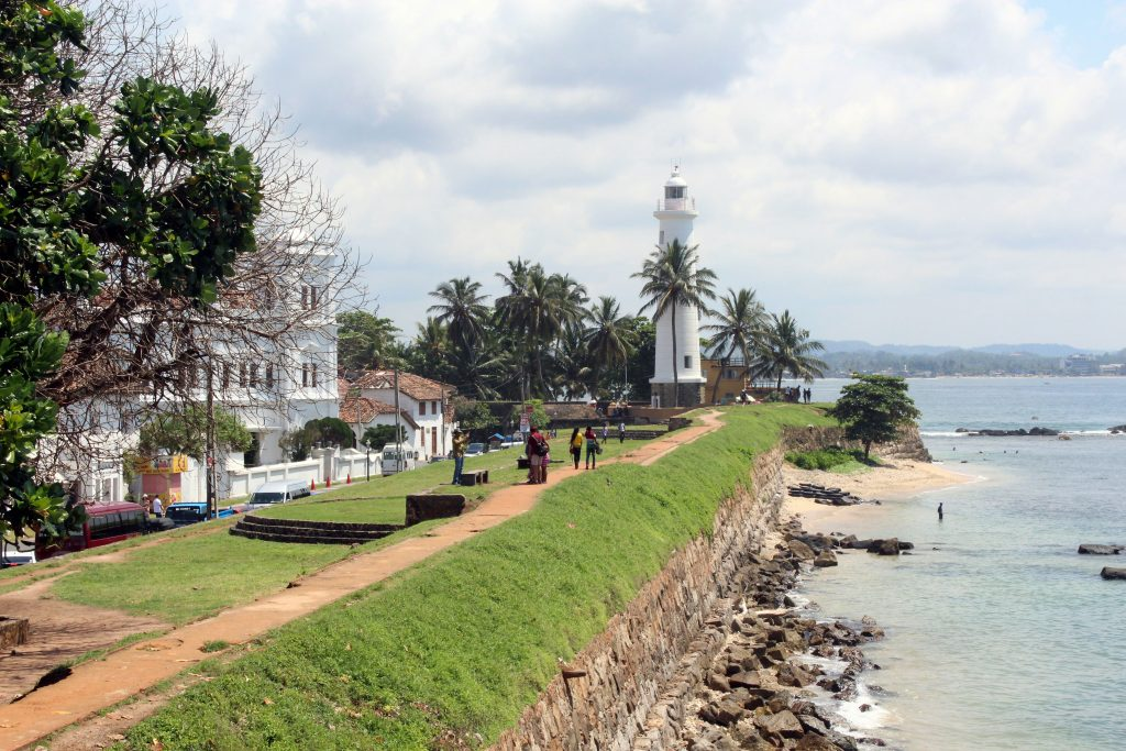 things to do in mirissa day trip to galle lighthouse