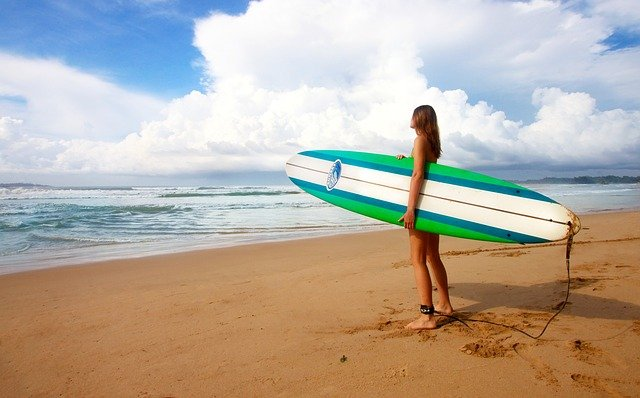 things to do in mirissa - surfing