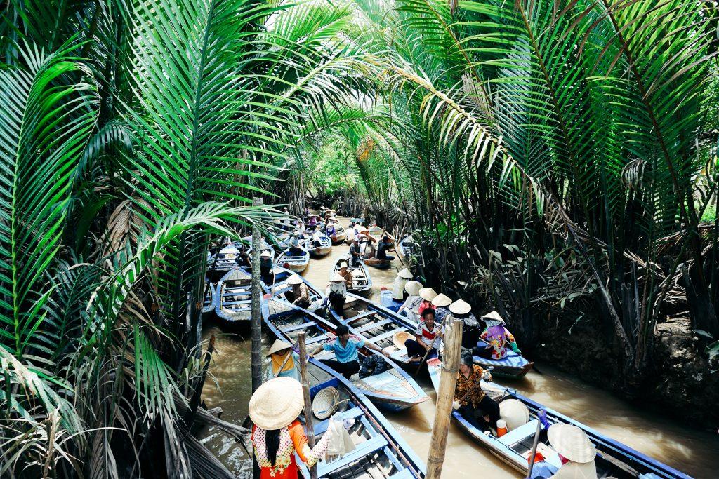 vietnam mekong delta traffic jam