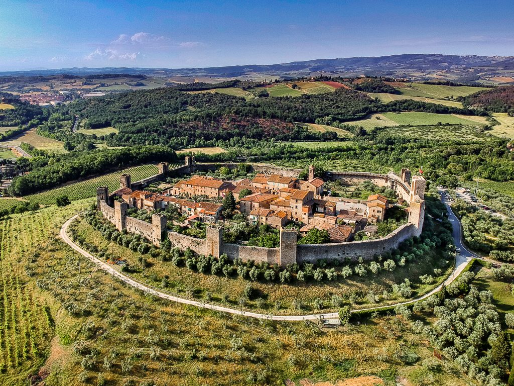 walled village in chianti region