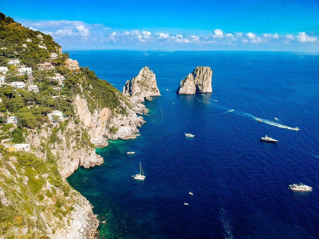 amalfi coast capri with faraglioni rock formation