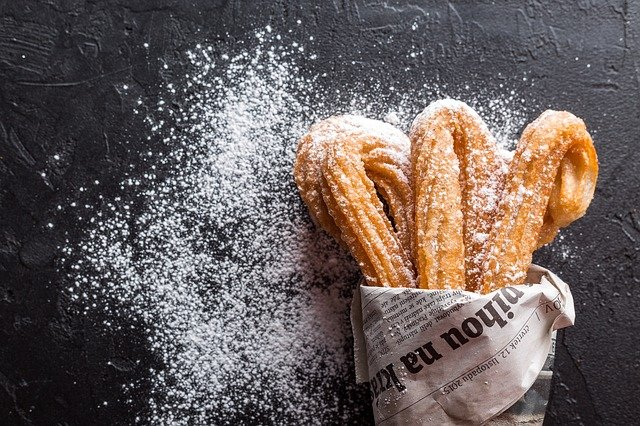 churros dusted in sugar