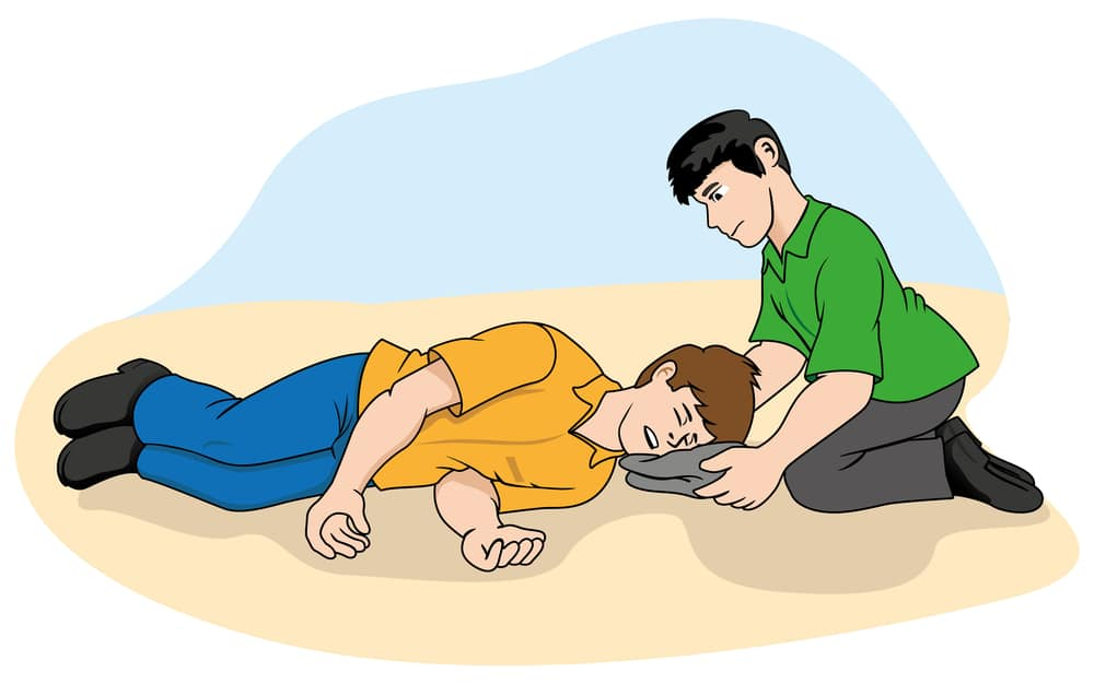 first aid you should know when youre travelling with an epileptic