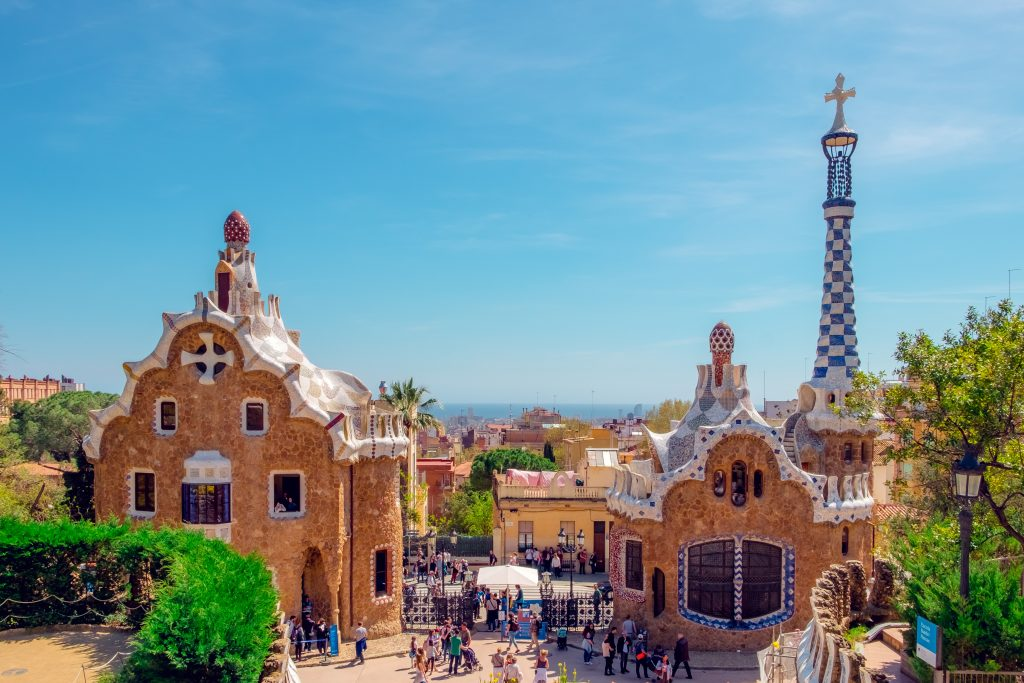 seeing the archietecture is one of the highlights on a 4 days barcelona itinerary