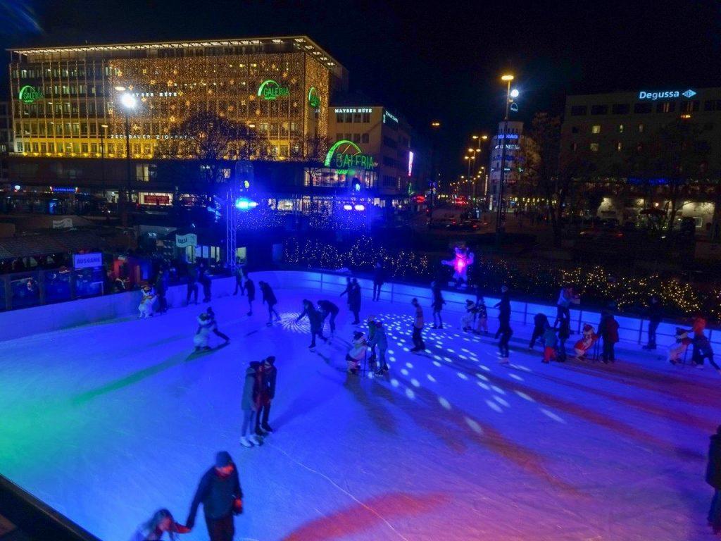 Germany Munich (Ice Skating, Karlsplatz)