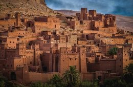 Ait Ben Haddou, this kasbah is one of the highlights on this 10 day Morocco itinerary