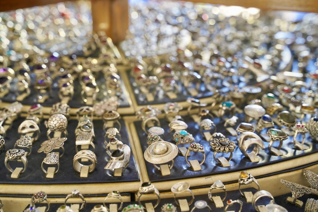 silver jewellery shopping in essaouira