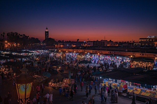 marrakech jemaa el'fna at night